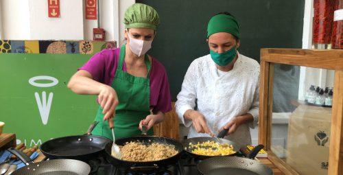 Chef Morena Leite cria receitas com os ingredientes do Alimento Solidário